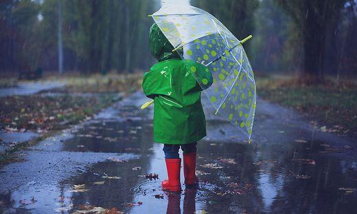 Aufgrund der massiven Regenfälle ist die Glan teilweise über die Ufer getreten