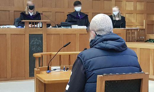 Der Angeklagte im Landesgericht Feldkirch