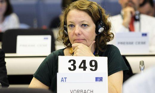 """EWSA-Berichterstatterin Vorbach: """"Umfassender Klimaschutz wird sich in der EU auch auf die Wirtschaftsstrukturen niederschlagen"""""""