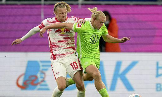 Wolfsburgs Xaver Schlager verletzte sich beim Heimsieg über Leipzig offenbar schwerer am Knie