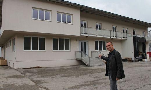 gro e investition 21 asylwerber f r st jakob. Black Bedroom Furniture Sets. Home Design Ideas