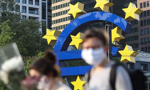 FILES-GERMANY-HEALTH-VIRUS-ECB-EU-EUROZONE