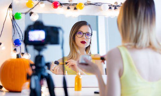 Schönheitsvideos: beliebt, aber nicht immer auch lukrativ für die Hersteller