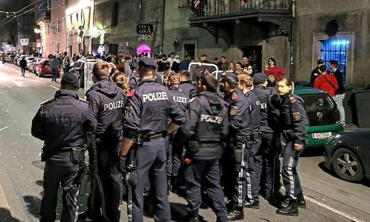 SALZBURG: MASSIVER POLIZEIEINSATZ AM SALZBURGER RUDOLFSKAI