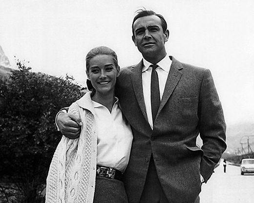 Tania Mallet an der Seite von Sean Connery