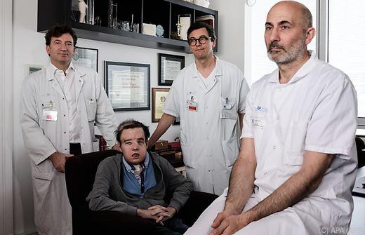 Dank Transplantation erhält Franzose drittes Gesicht