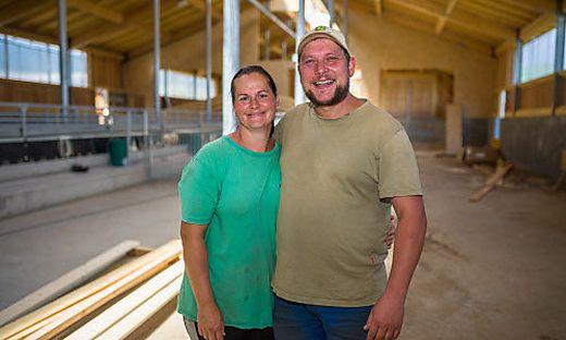 Kathrin und Josef Oschounig wurden beim Wiederaufbau von vielen Helfern unterstützt