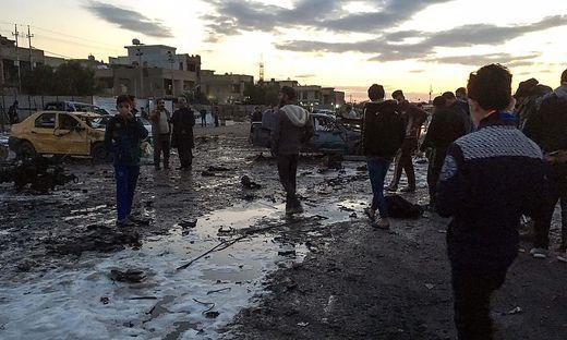TOPSHOT-IRAQ-UNREST-BOMBINGS