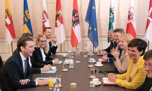Sondierungsrunde zwischen ÖVP und SPÖ gestartet