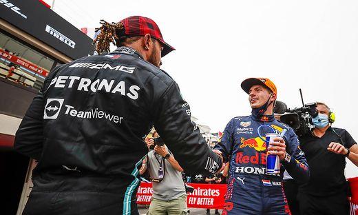 44 Lewis Hamilton (GBR, Mercedes-AMG Petronas F1 Team), 33 Max Verstappen (NED, Red Bull Racing), F1 Grand Prix of Fran