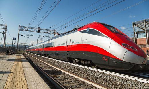 Zug der italienischen Staatsbahnen (FS)