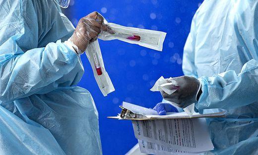 Die Corona-Tests von Urlaubern und Pflegeheim-Bewohnern in Kärnten fielen positiv aus (Symbolfoto)