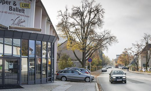 Baustelle Spar und Strasze Baumbachplatz Luegerstrasze bis Wulfenia Klagenfurt Oktober 2016