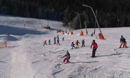 Auch die Skischule ist bereit.