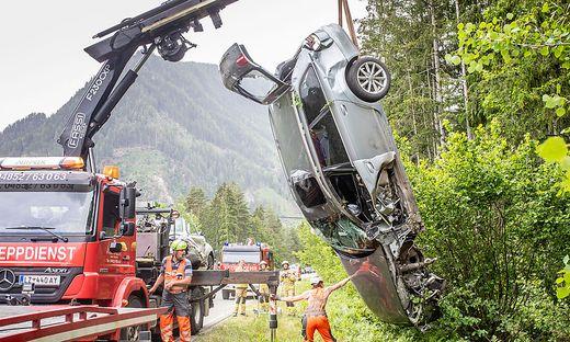 An beiden Fahrzeugen entstand Totalschaden