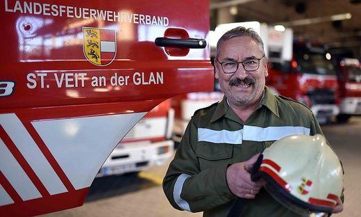 """Ernst Kugi kann auf """"fünf großartige Jahrzehnte"""" beid der Feuerwehr zurückblicken"""