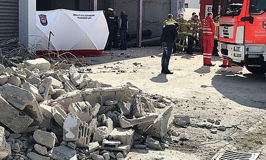 In der Lagerhalle ereignete sich der tragische Arbeitsunfall. Eine Mauer stürzte ein, ein Mann starb