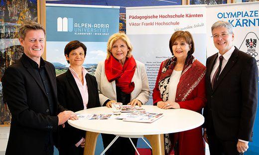 Von links: Arno Arthofer (Landessportdirektor, Olympiazentrum), Doris Hattenberger (Vizerektorin für Lehre, AAU), Maria-Luise Mathiaschitz (Bürgermeisterin), Marlies Krainz-Dürr (Rektorin der PHK), Peter Kaiser (Landeshauptmann)