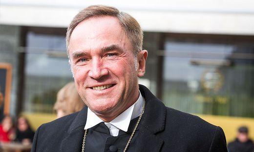 Superintendent Manfred Sauer feiert seinen 60. Geburtstag