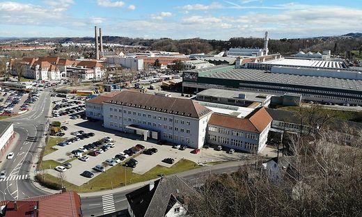 2300 Menschen arbeiten bei MAN in Steyr