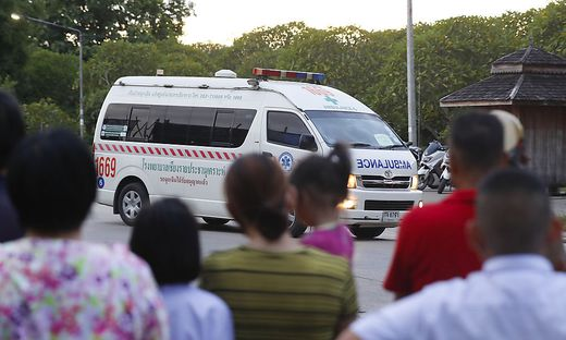Die geretteten Buben wurden ins Spital gebracht