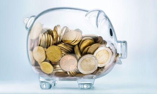 Die Sparquote liegt in Österreich weiter unter acht Prozent