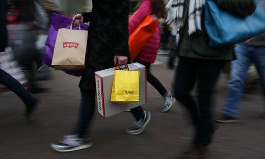 Stimmung der Verbraucher auf Tiefststand