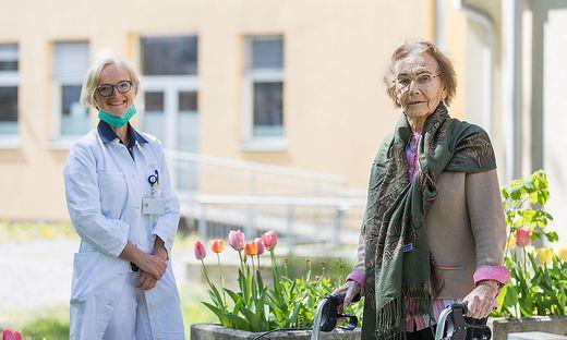 """""""Wurde fürsorglich und liebevoll betreut."""" Unterherzog bei ihrer Entlassung aus dem Spital"""