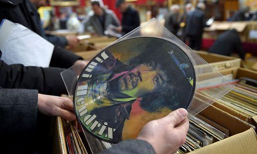 Die Platten den Jahrhundertgitarristen Jimi Hendrix sind noch immer ein Thema