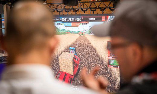 """Feldbewirtschaftung in der virtuellen Welt: In der """"Farming Simulation League"""" kann man auch Preisgeld ernten"""
