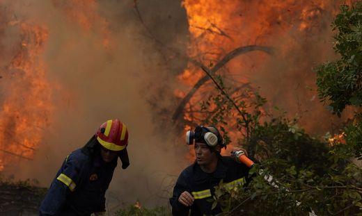 Athen bat Europas Feuerwehren um Hilfe im Kampf gegen die Waldbrände