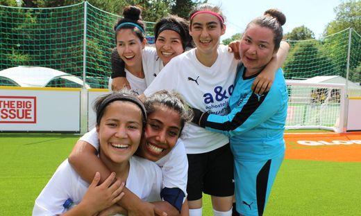 Das Damenteam schlug sich in den bisherigen Spielen tapfer