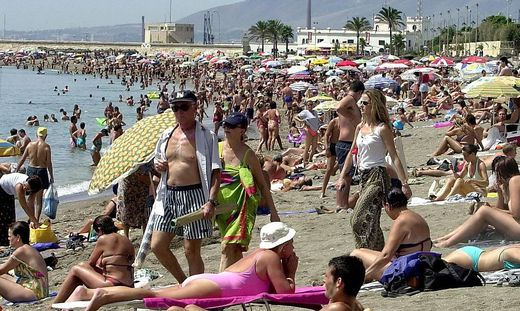 SPAIN WEATHER MALAGA BEACH