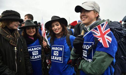 Brexit-Befürworter marschierten von Sunderland nach London