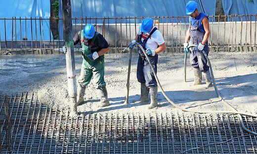 Vor allem in der Baubranche werden viele Arbeiter entsendet