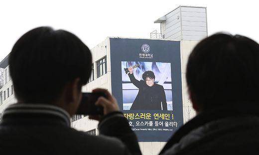Der Erfolg von Regisseur Bong Joon-ho begeistert auch die Südkoreaner