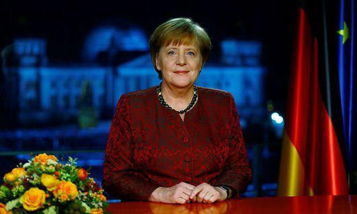 Deutschlands Kanzlerin Angela Merkel bei der Neujahrsansprache