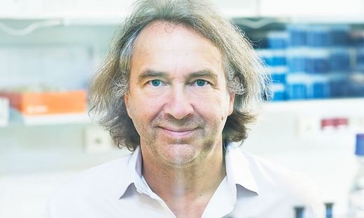 Christian Schubert untersucht die Zusammenhänge zwischen Psyche und Immunsystem