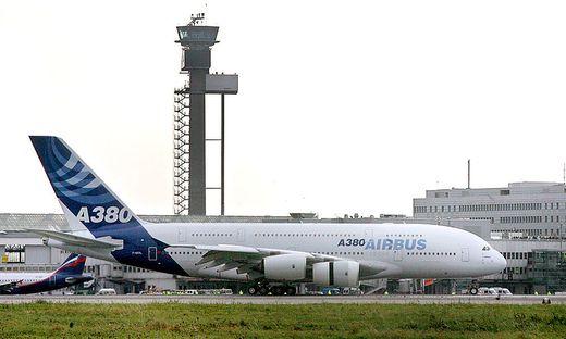 Der Riesen-Flieger A380 wird eingestellt. Die EU sieht daher keine Bedrohung für Boeing