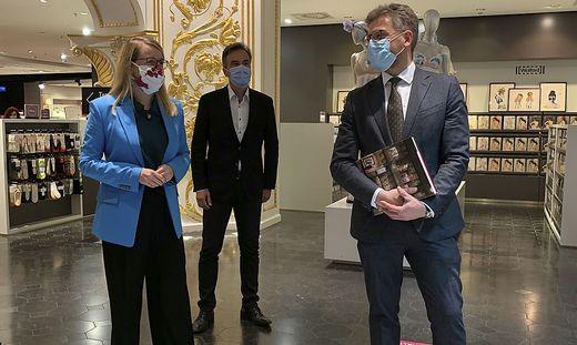 Wirtschaftsministerium Margarethe Schramböck mit Bürgermeister Siegfried Nagl und K&Ö-Chef Martin Wäg