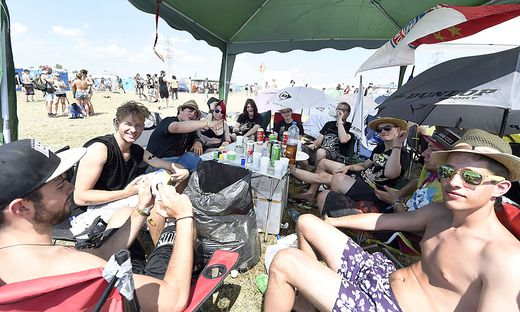 NOVA ROCK 2015: CAMPINGPLATZ
