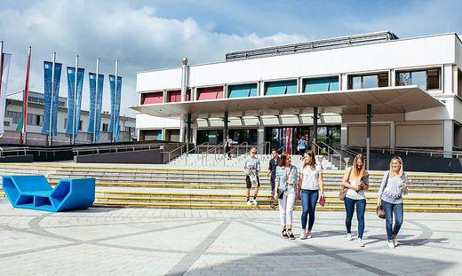 Universität Klagenfurt stellt Berichte zu angeblichem Doktorat richtig