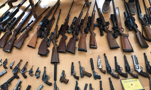 Waffenarsenal im Bezirk Mödling sichergestellt
