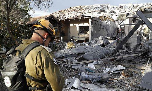 ISRAEL-PALESTINIAN-CONFLICT-ROCKET