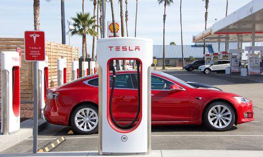 Tesla öffnet sein Supercharger-Netzwerk