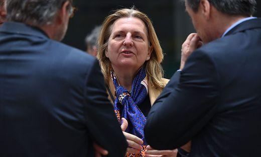 Außenministerin Karin Kneissl reagierte rasch