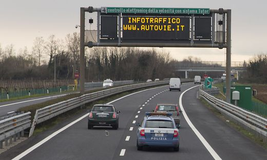 Italien macht Section Control wieder scharf