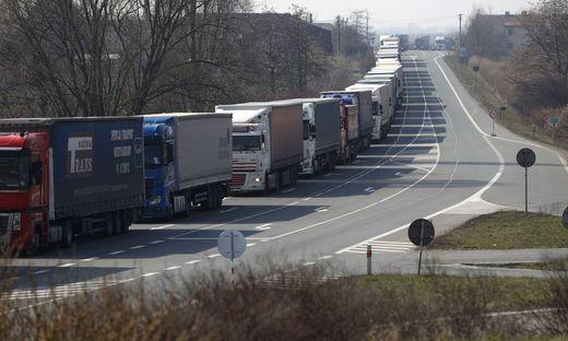 Tschechien macht die Grenzen für tägliche Berufspendler dicht