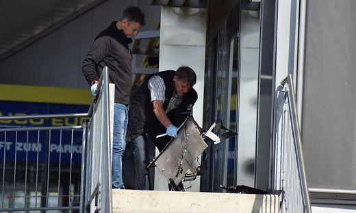 Sprengstoffkundige Organe untersuchten den Tatort