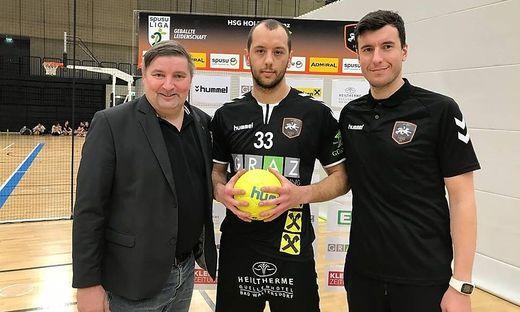 Manager Michael Schweighofer, Neuzugang Ivan Koncul und Trainer Damir Djukic